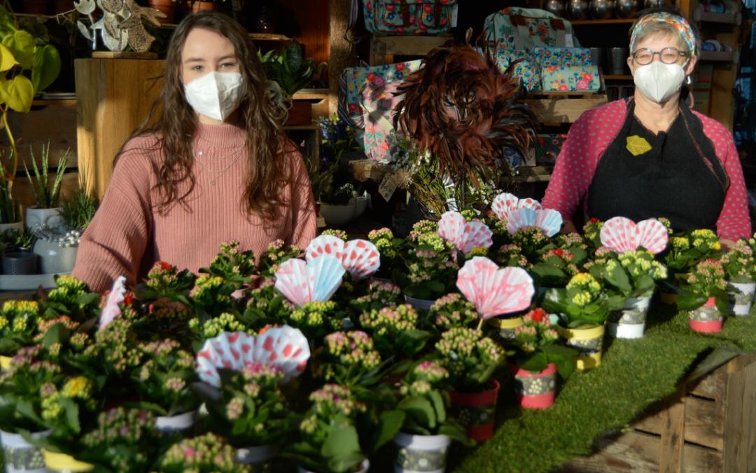 P-Seminar sendet Blumengruß ins Seniorenheim